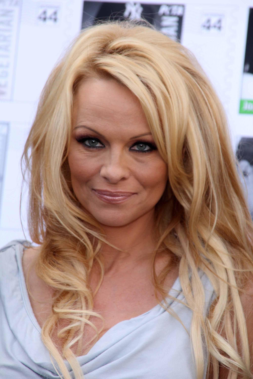 Pamela Anderson Nude Photos 64